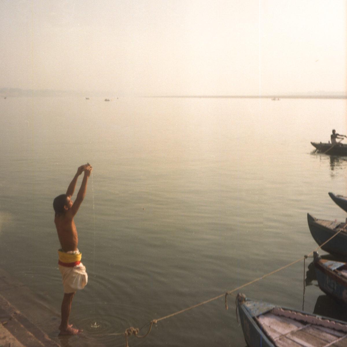 Pray, Varanasi, India 2015